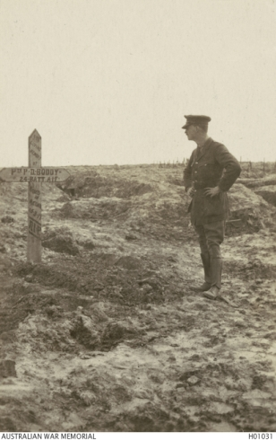Original grave: Pte. P D Boddy, courtesy Australian War Memorial